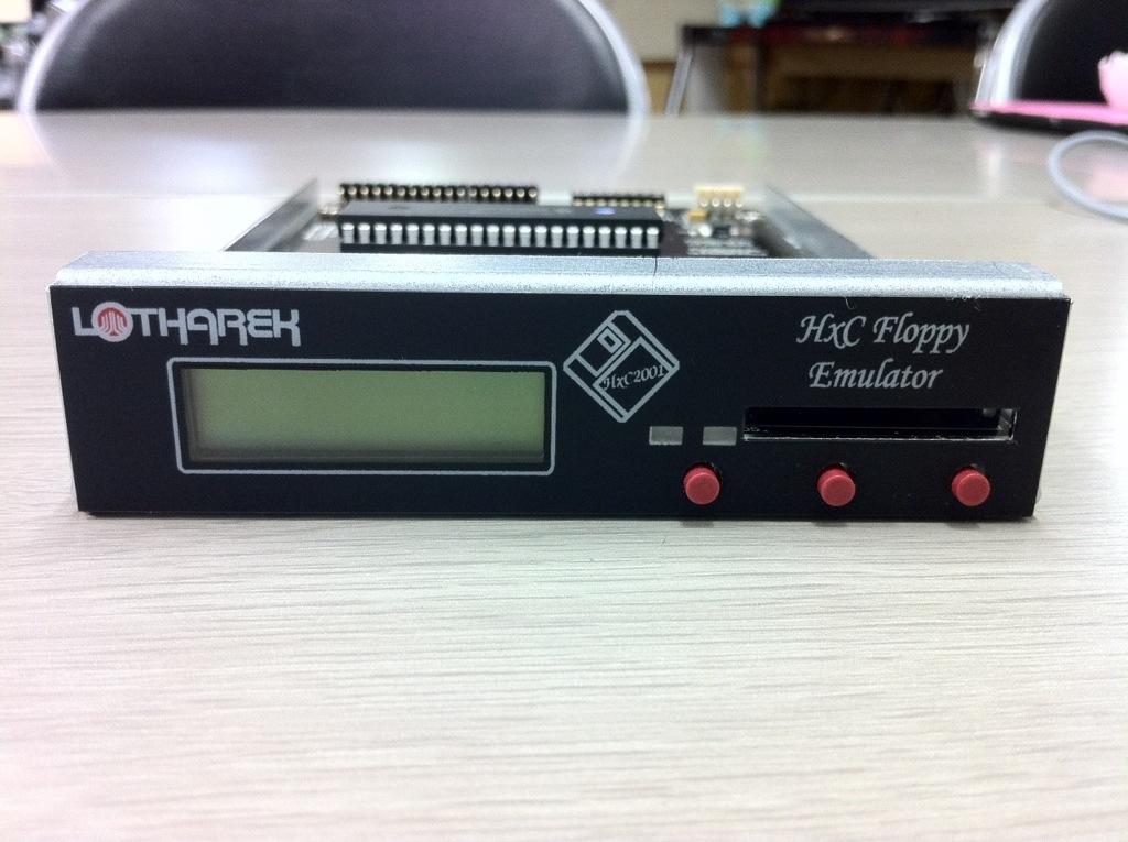 HxC Floppy Emulator を国内で取り扱う店が出現したらしい。