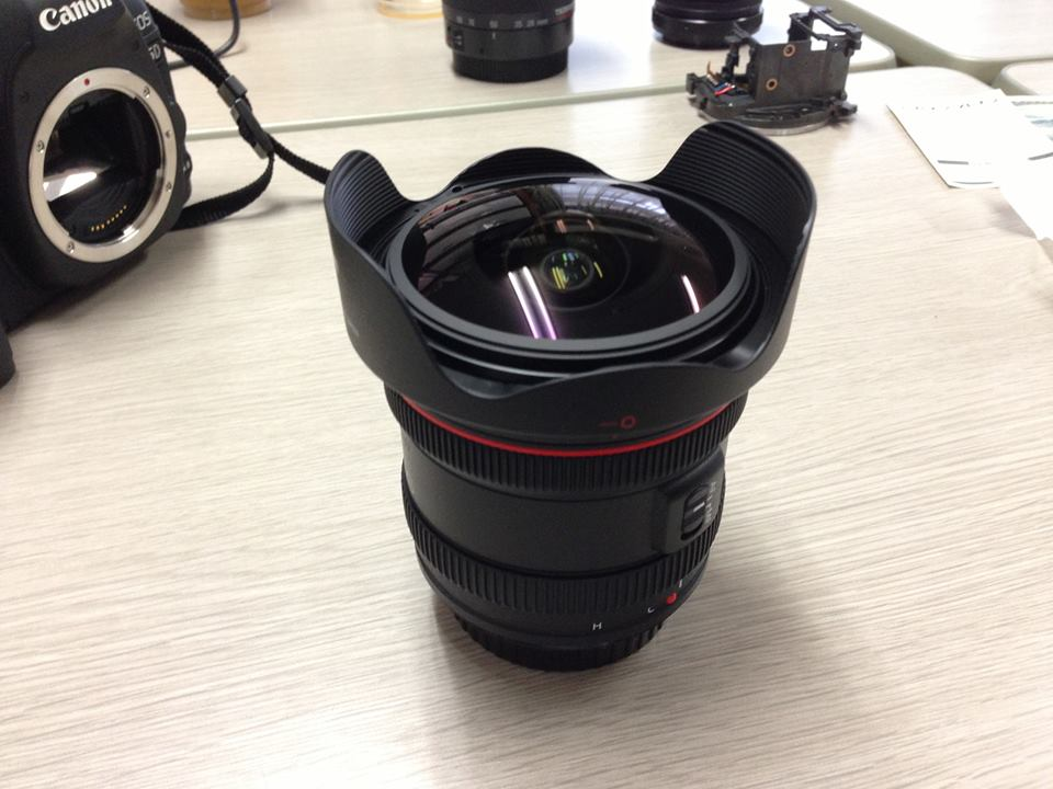 Canon EF 8-15mm F4 L Fisheye USM
